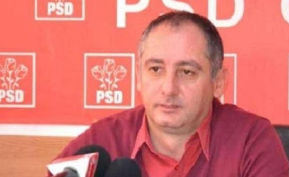 """Primar PSD din Gorj despre diaspora: """"Niște  gunoaie, paraziți, spălători de veceuri"""". Alo, Săpoca, iar ați lăsat descuiat?"""