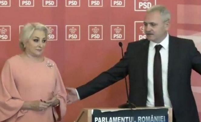 Votați famiglia tradițională PSD-istă formată dintr-un hoț și o proastă!