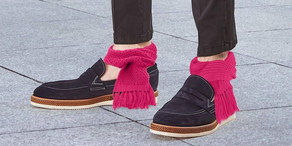 S-a rezolvat problema pantalonilor cu vedere la gleznă pentru zilele friguroase!