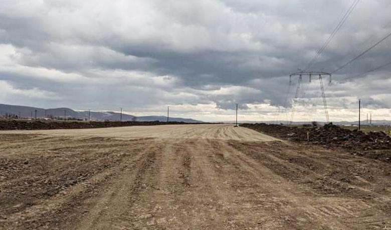 """Așa arată lucrările la """"Autostrada Moldova"""", la o zi după ce PSD le-a demarat în forță"""