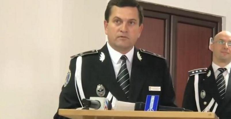 Şeful Poliţiei Câmpia Turzii, prins beat la volan, s-a pensionat la 51 de ani cu o pensie de 10.000 de lei. Dacă făcea şi accident, lua 20.000!