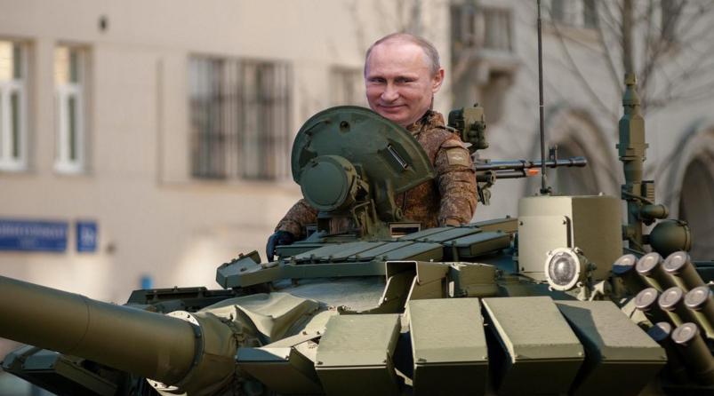 Vine și Putin la mitingul PSD de la Iași! Cu un autobuz cu șenile și turelă!