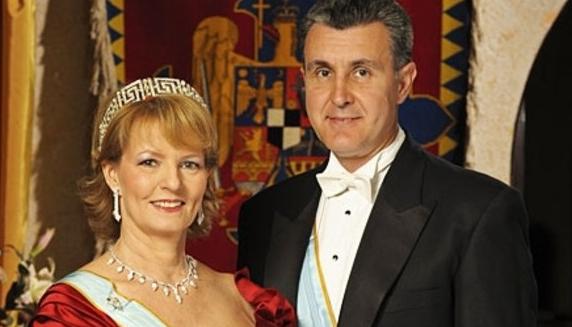 Radu Duda e grav bolnav: are boală că-și revine regele!