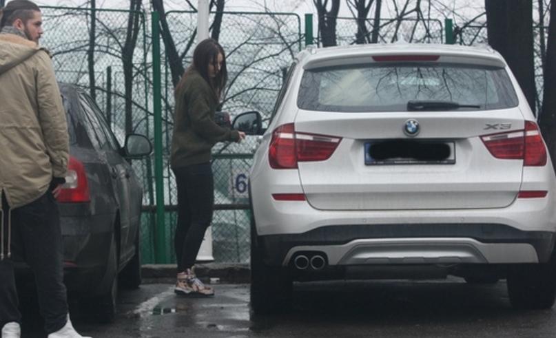 Fata lui Liviu Dragnea are BMW X3 din muncă și din cinste, nu din ce a furat ta-su