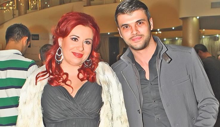 Oana Roman și-a păcălit soțul la partaj: el ia casa și mașina și banii, ea frigiderul!