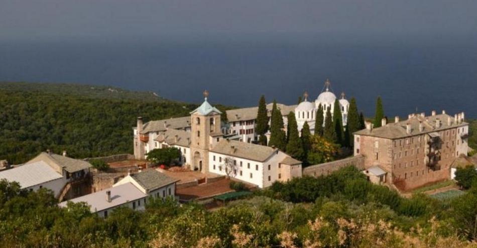 Parlamentul dă1 milion de euro de la buget pentru schitul românesc de pe Muntele Athos în mijlocul epidemiei. Doamneiartă-ne că am votat asemenea imbecili!