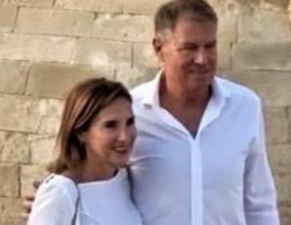 """Iohannis: """"Invit toți românii să meargă în Egipt între două turnee de golf. Nu e deloc o destinație exclusivistă"""""""