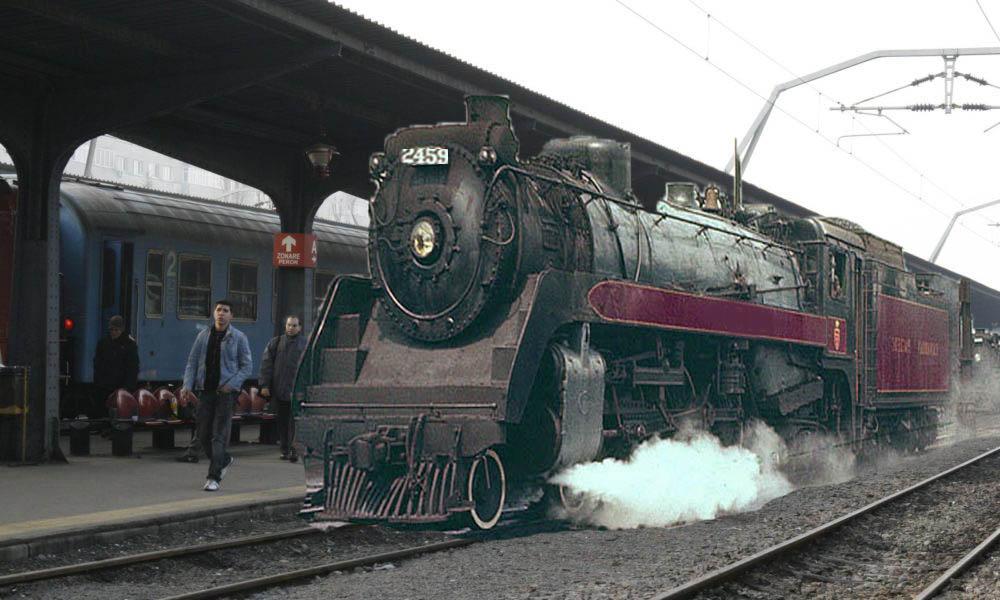 Trenul din reclama la eMAGchiar a existat: s-a întors azi în Gara de Nord!